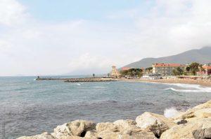 la-spiaggia-di-loano_t